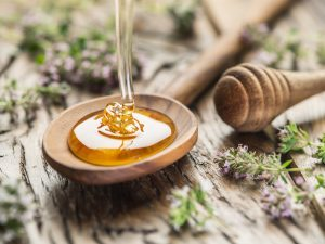9 uses of honey