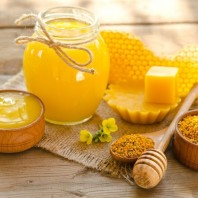 Top Five Uses for Honey